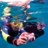 padi-photographer-snorkeler-taking-underwater-photos